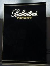 Ballantines Whisky, LED Wide Screen Leuchtreklame, Schreibtafel mit Stiften