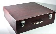 Wein Flaschenkoffer für 3 Flaschen in Echtholz Mahagonie in Seide eingelegt