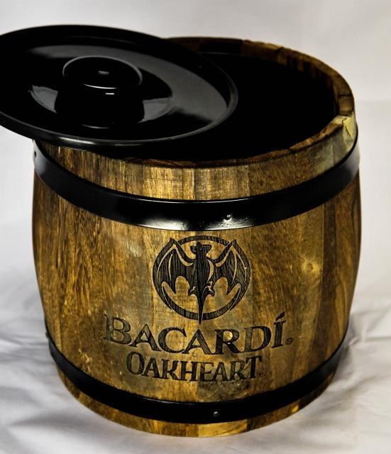 bacardi eisw rfelbox eisw rfelbeh lter eisbox. Black Bedroom Furniture Sets. Home Design Ideas