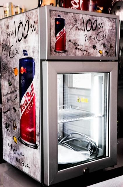 red bull cola k hlschrank baby cooler eco led r. Black Bedroom Furniture Sets. Home Design Ideas