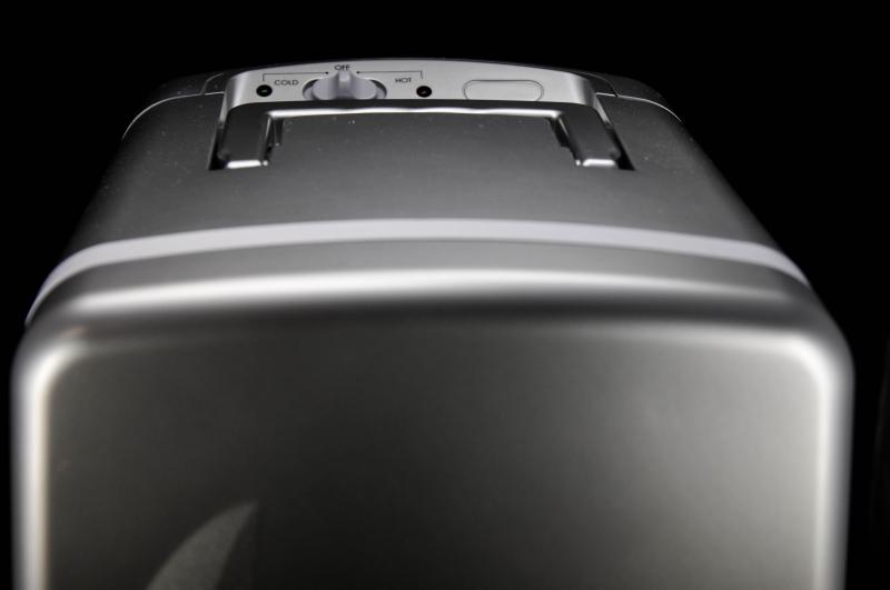 Cooler Mini Kühlschrank : Holsten pilsener cooler minikühlschrank silber h