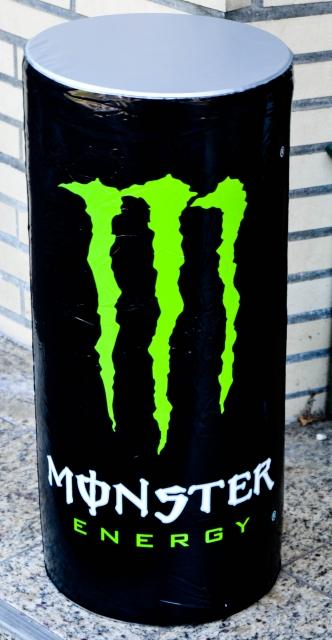 Monster Energy, aufblasbare Dose, schwarz, Badespa