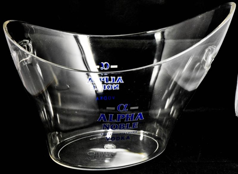 alpha noble vodka acryl eisw rfelk hler eisw rfe. Black Bedroom Furniture Sets. Home Design Ideas