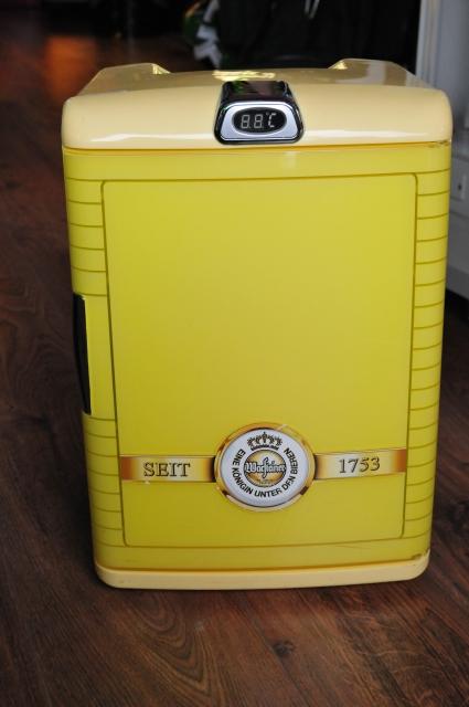 Warsteiner Mini-Kühlschrank, Kühler, digital