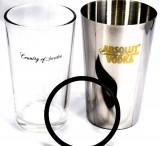 Absolut Vodka Shaker Set, Edelstahl / Glas Gummiring abnehmbar, sehr edel..