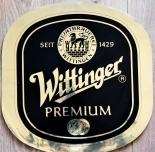 Wittinger Bier, Aufkleber Wittinger Premium Oval Gold, 39,5 x 38,5 cm