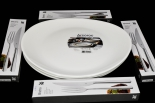WMF Steak Grill Set for 4, 4 x Steakbesteck, 4 x Arcoroc Essteller