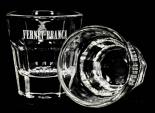 Fernet Branca Shot Glas, Stamper, weiße Ausführung