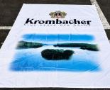 Krombacher Bier, Hissflagge, Vertikalflagge, Fahne, Krombacher weiß