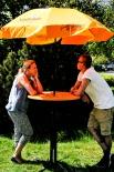 Schöfferhofer Bier, Bistrotisch incl Sonnenschirm, orange