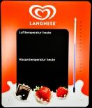 Langnese Eis, Kreidetafel mit Außentherometer, sehr selten.