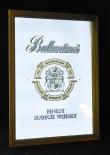 Ballantines, Whisky, Werbespiegel in Echtholzrahmen braun Finest Scotch Whisky