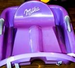 Milka Speed - Schlitten mit Lenkung aus Kunststoff 98 x 34cm