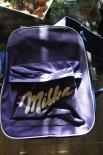 Milka Schokolade Rucksack.....mit etlichen Taschen und Reißverschluß