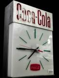 Coca Cola orig. 60er Jahre Wanduhr aus Metall, voll funktionstüchtig