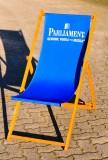 Parliament Vodka, Buchenholzstuhl, Strandstuhl, Liegestuhl, blau