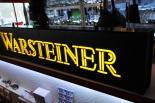 Warsteiner Bier Brauerei, Tresenreklame, Neonleuchte, Leuchtreklame, Leuchtwerbung