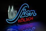 Sion Kölsch, Neon Leuchtreklame, Leuchtwerbung, zweifarbig