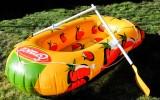 Erasco Suppe, 2 Mann Schlauchboot, Paddelboot mit zwei Paddel