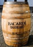 Bacardi Rum, Echtholz Faß als Bistrotisch, Stehtisch, vintage Look, sehr massiv!
