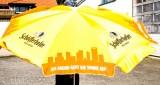 Schöfferhofer Weißbier, Sonnenschirm orange, Am Abend geht die Sonne auf