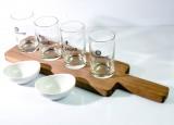 Tanqueray Gin, Belzazar Aperitivo Echtholz Tasting Tablett mit 4 Probiergläsern und 2 Porzellan Snackschalen